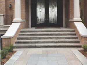 allée et scaliers avec pavés dans wesmount