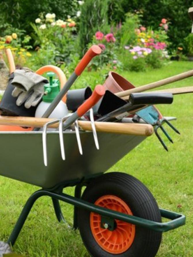 Produits de jardinage entreprise 7 fr res for Produit de jardinage